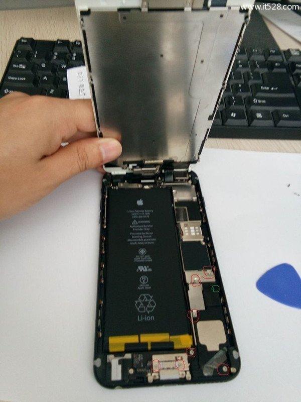 苹果iPhone扬声器口安装个性彩灯图文教程